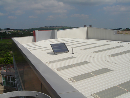 Commercial Solar Hot Water Systems with LaZerII Panels
